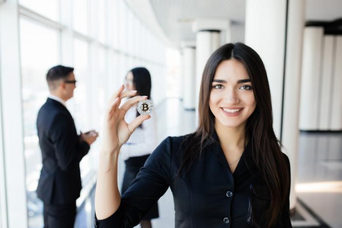 快訊 | 調查顯示:女性比男性更擅長預測比特幣價格